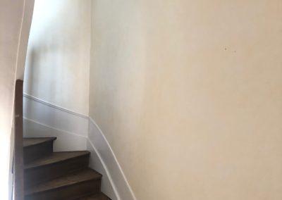 Rafraîchissement d'une cage d'escalier chez un particulier à Reims